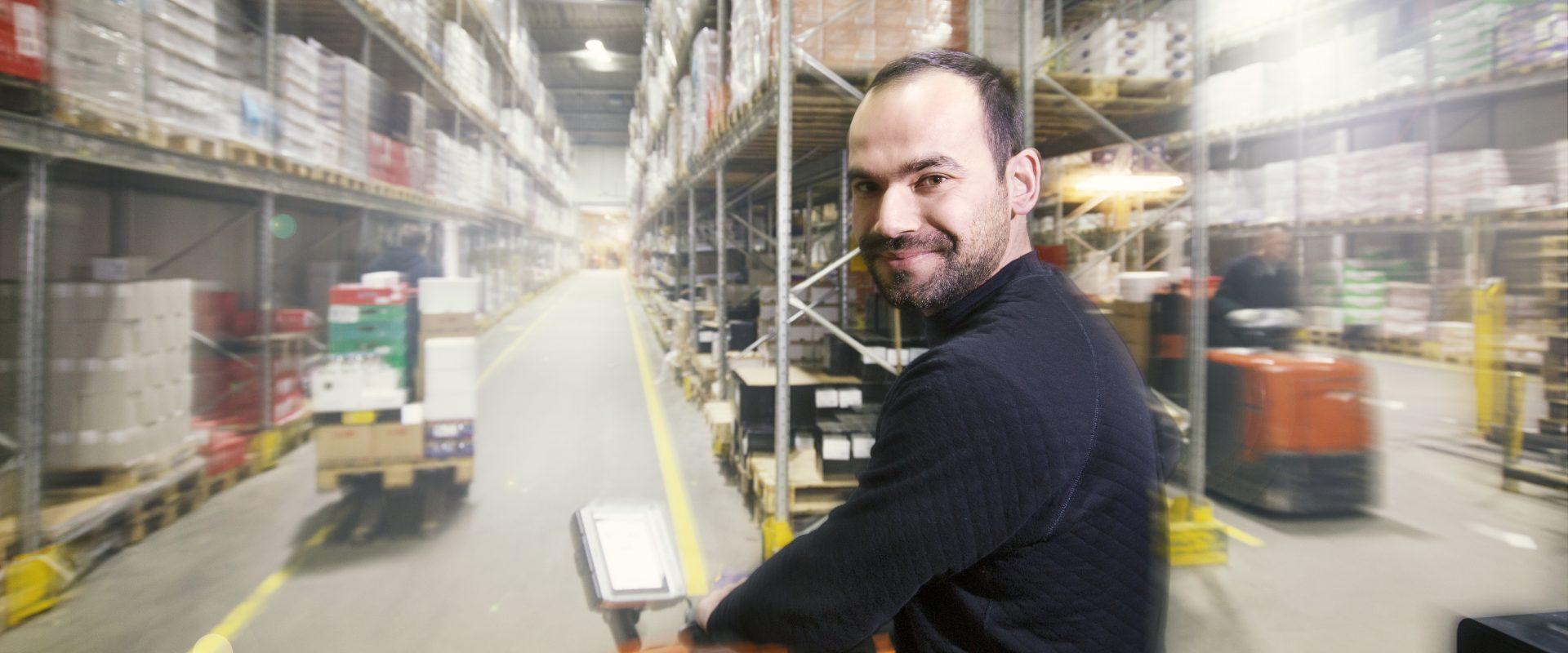 Lagermedarbejder-dagrofa-logistik